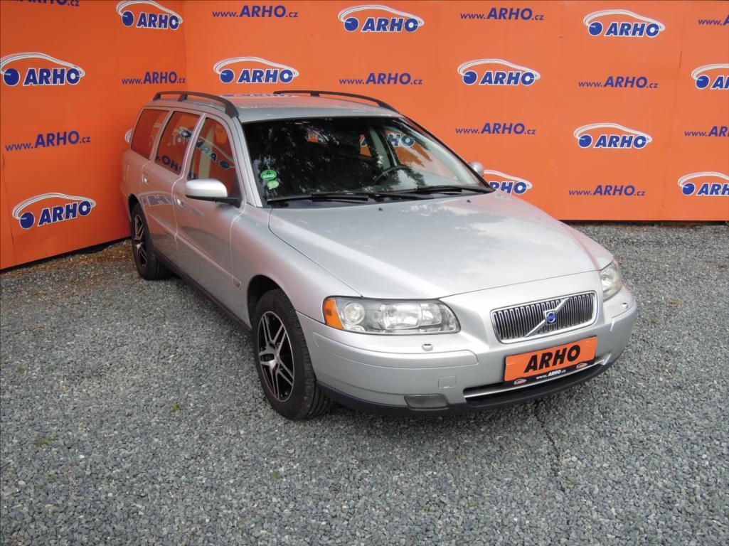 Volvo V70 2,4 i 125kW SERV. KN. TOP STAV