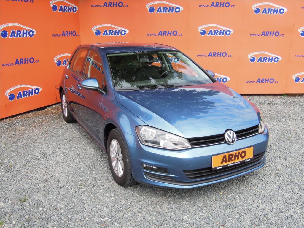 Volkswagen Golf 1,2 TSi,ČR,1 MAJ.,SERVISNÍ KN.