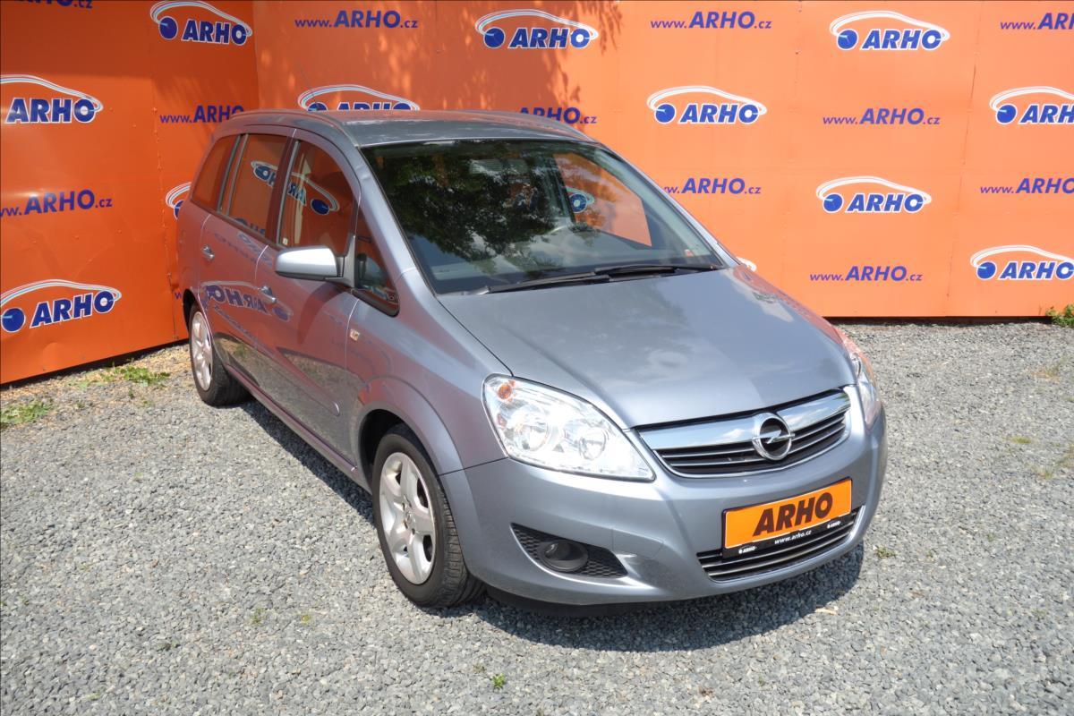 Opel Zafira 1,9 CDTi 88KW,ČR.2 MAJ,7 MÍST.