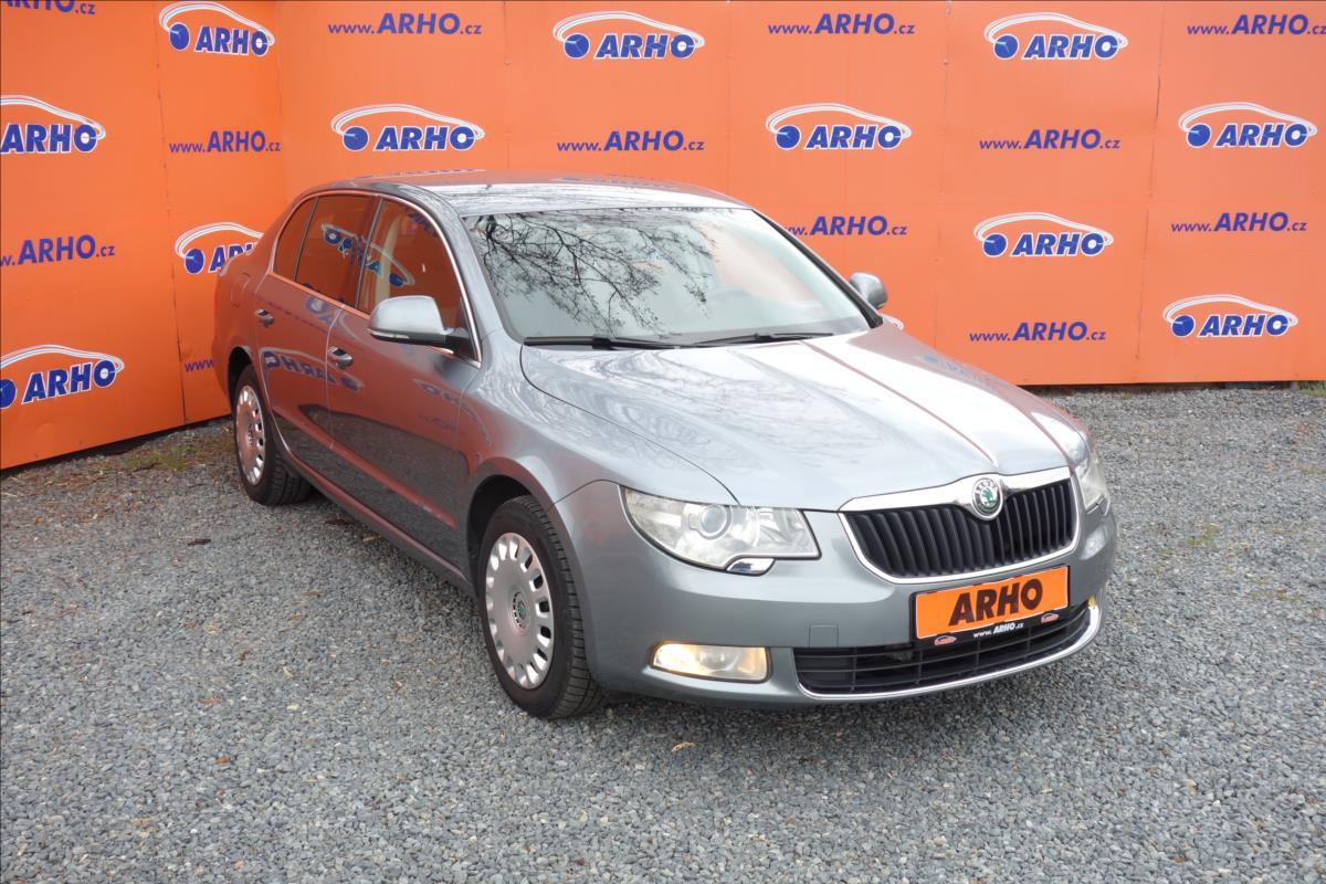 Škoda Superb 2,0 TDi 103KW,ČR, AMBITION.