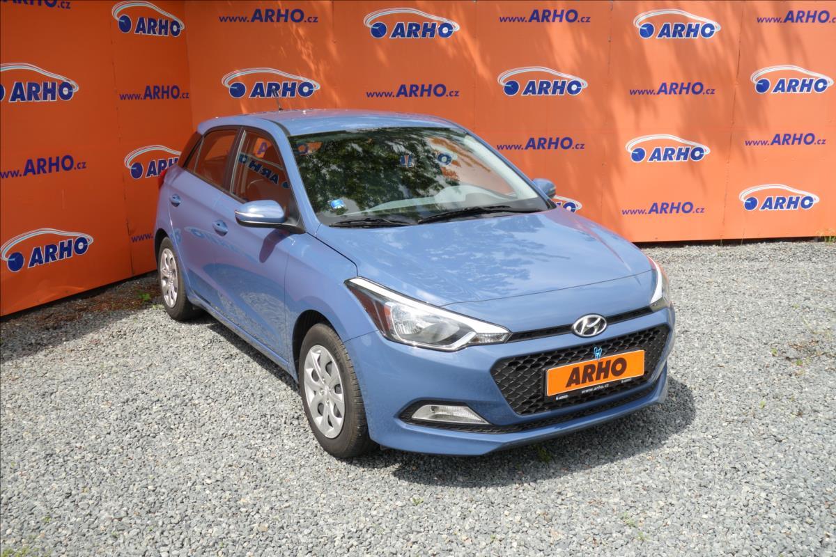 Hyundai i20 1,2 i, ČR,1 MAJ.,REZERVACE.