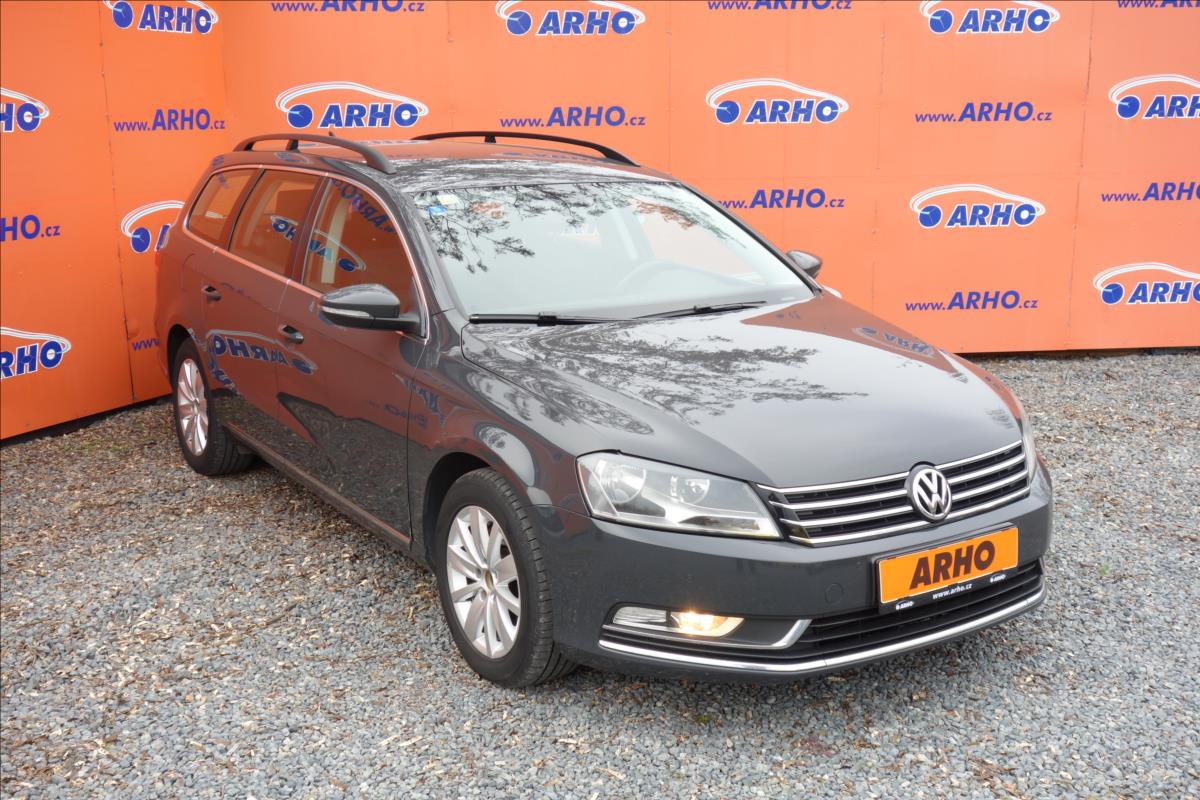 Volkswagen Passat 2,0 TDi, AUTOMAT, NAVIGACE.