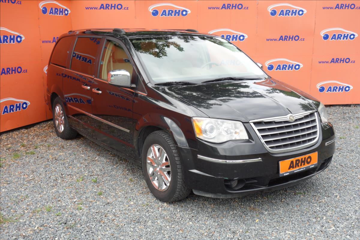 Chrysler Town & Country 4,0 i V6 185KW, 7 MÍST, KŮŽE.