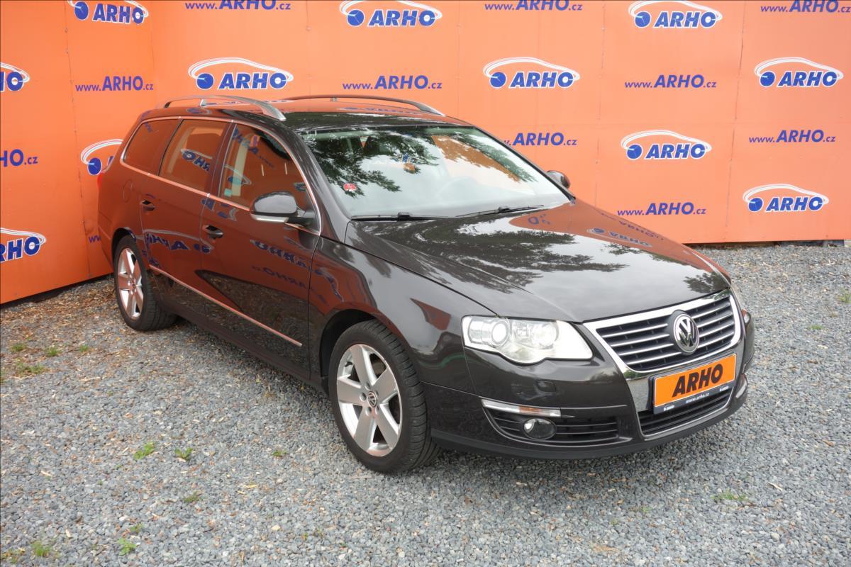 Volkswagen Passat 2,0 TDi,ČR,1 MAJ.,HIGHLINE,4M.
