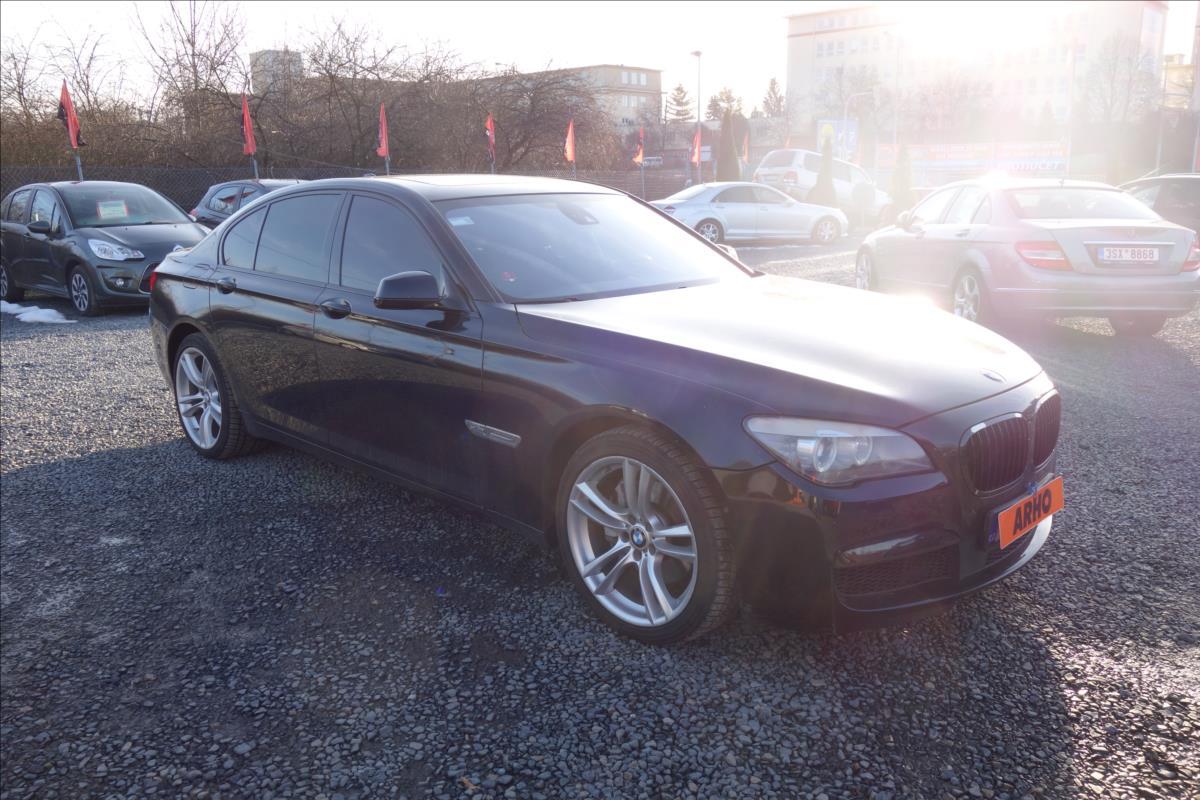 BMW Řada 7 3,0 d 225KW,xDRIVE,ČR,M-PAKET.